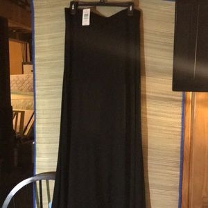 Torrid ( NWT) size1, black fall skirt